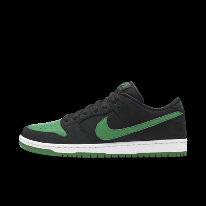 Nike SB Dunk Low Pro J-Pack 'Pine Green' zijaanzicht