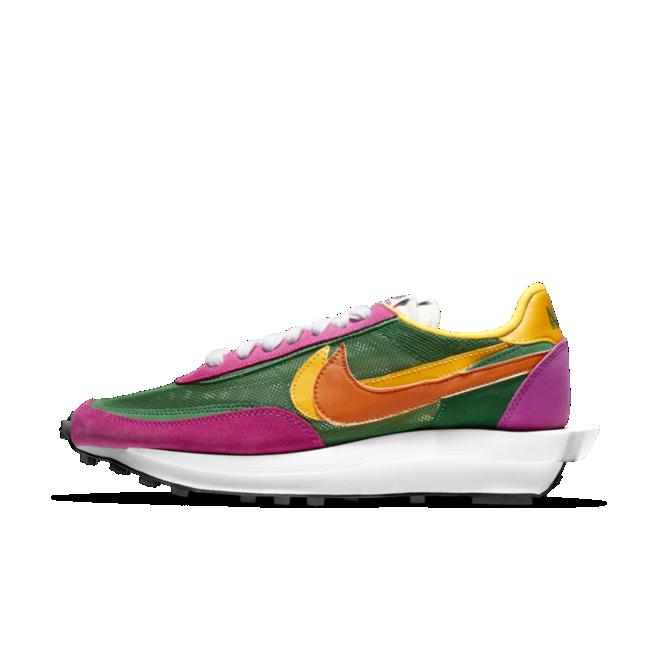 Sacai X Nike LDWaffle 'Pink/Green' zijaanzicht