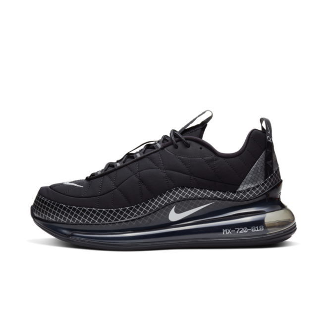 Nike Air Max 720-818 'Black' zijaanzicht