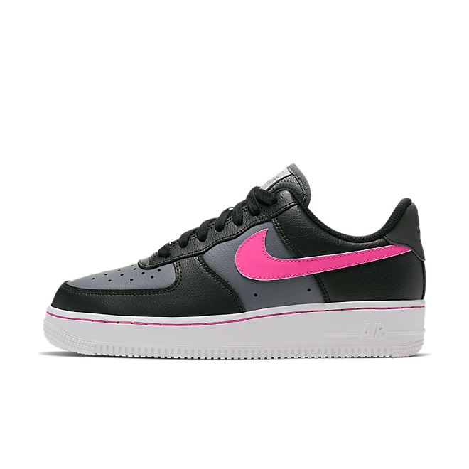 Nike Air Force 1 Low zijaanzicht
