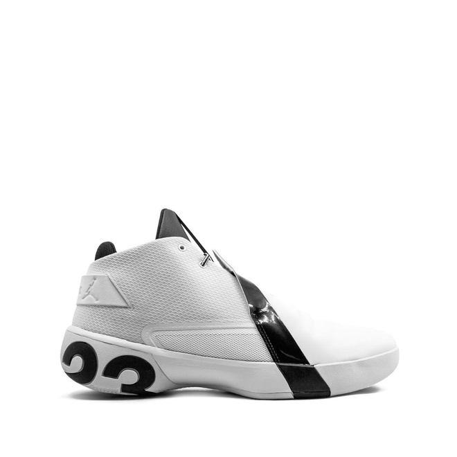 Jordan Jordan Ultra Fly 3 TB zijaanzicht