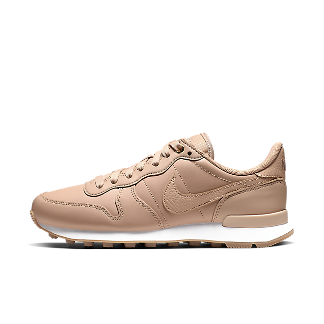 "Nike WMNS Internationalist PRM ""Bio Beige"""