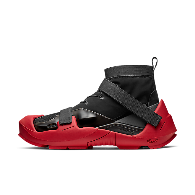 Nike Free TR 3 / Mmw 'Bred' zijaanzicht