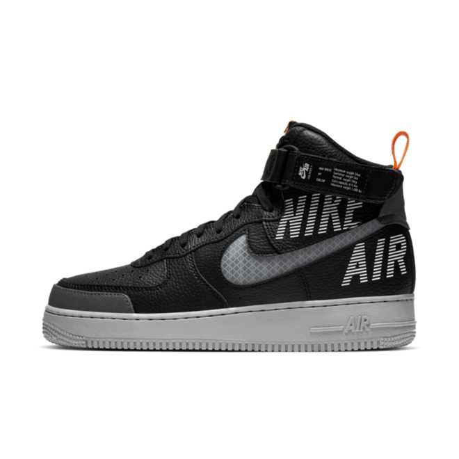 Nike Air Force 1 High 'Black' zijaanzicht