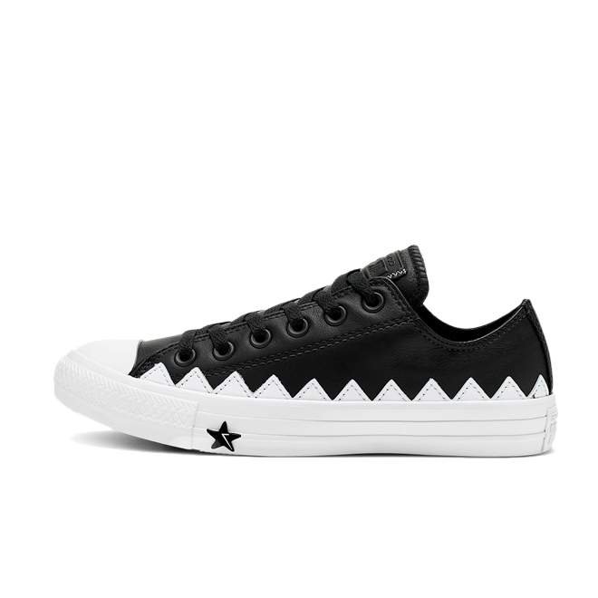 Converse Chuck Taylor Mission-v Low 'Black' 565369C