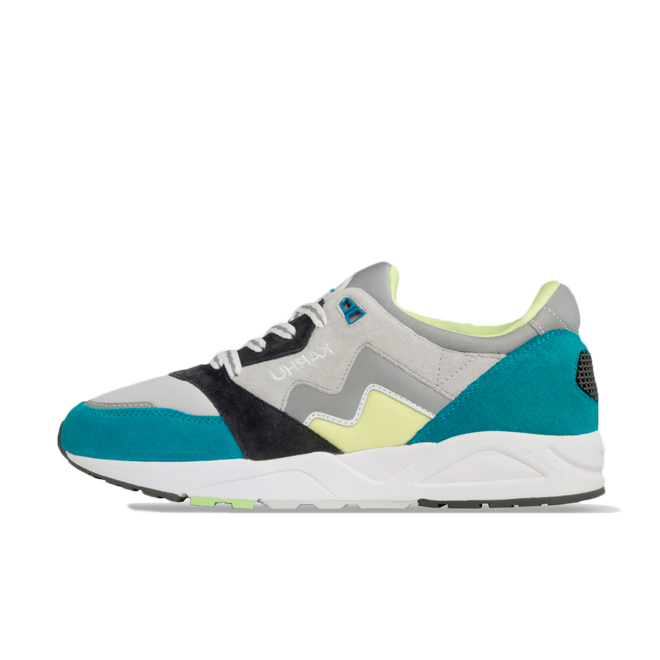 Karhu Aria Rally Pack 'Lake Blue' zijaanzicht