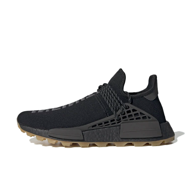 Pharrell Williams x adidas NMD Hu Trail 'Core Black' zijaanzicht