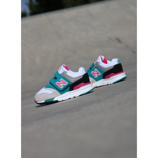 New Balance 997 Grey/Pink TS