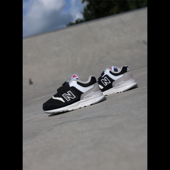 New Balance 997 Black/white TS