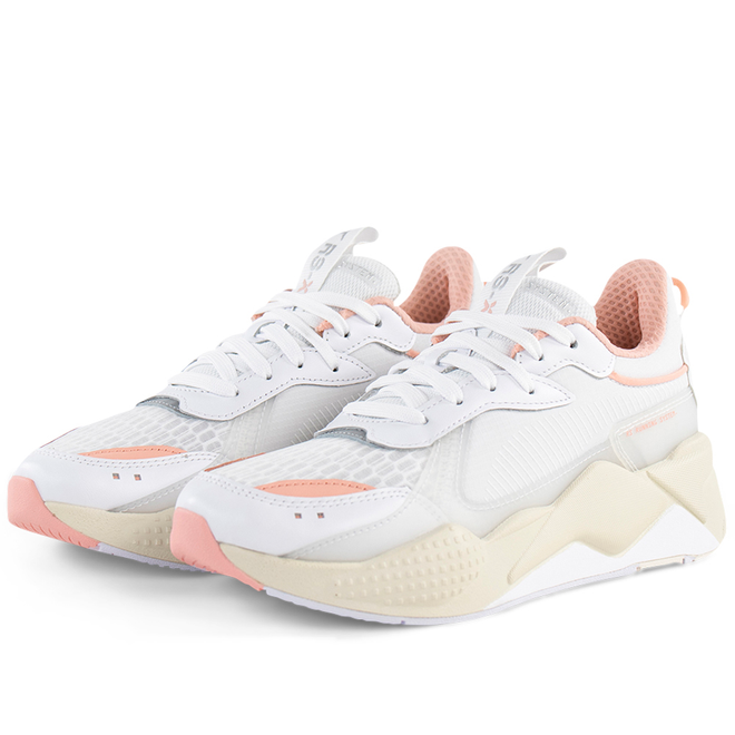 Puma RS-X Tech 'Puma White Peach' zijaanzicht