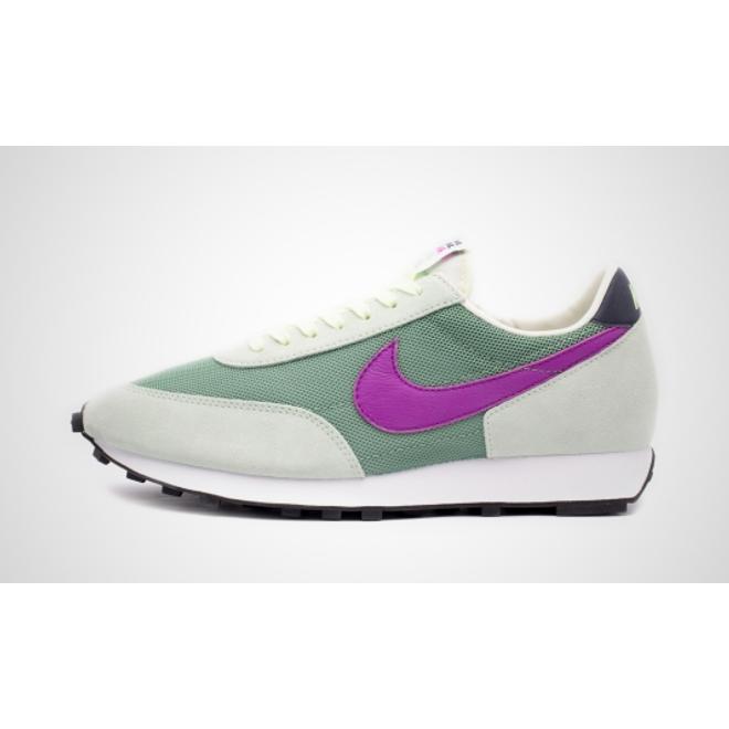 Nike Daybreak (Silver Pine / Hyper Violet - Pistachio Frost)