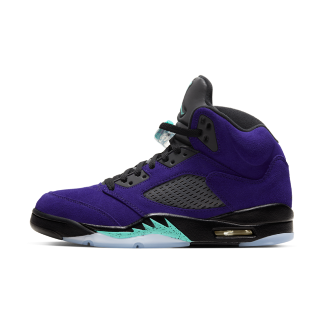 Air Jordan 5 High 'Alternate Grape' zijaanzicht