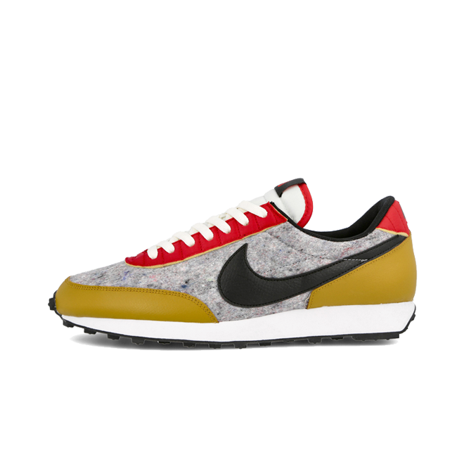 Nike Wmns Daybreak QS 'Gold Suede'
