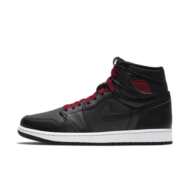 Air Jordan 1 High Retro 'Black Satin' zijaanzicht
