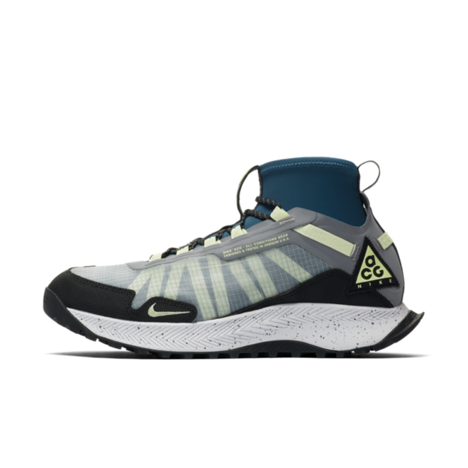 Nike ACG Terra Zaherra 'Barely Volt' zijaanzicht