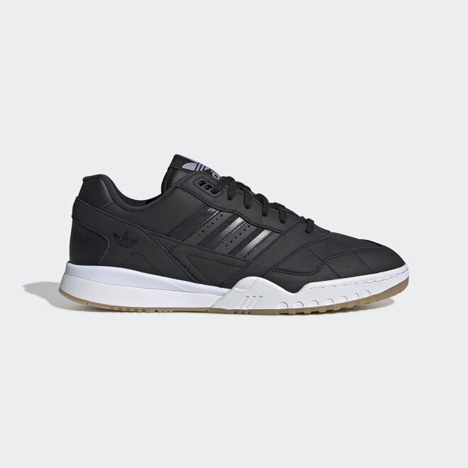 adidas A.R. Trainer EE5404