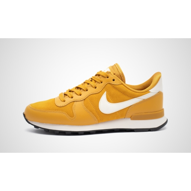 Nike WMNS Internationalist SE