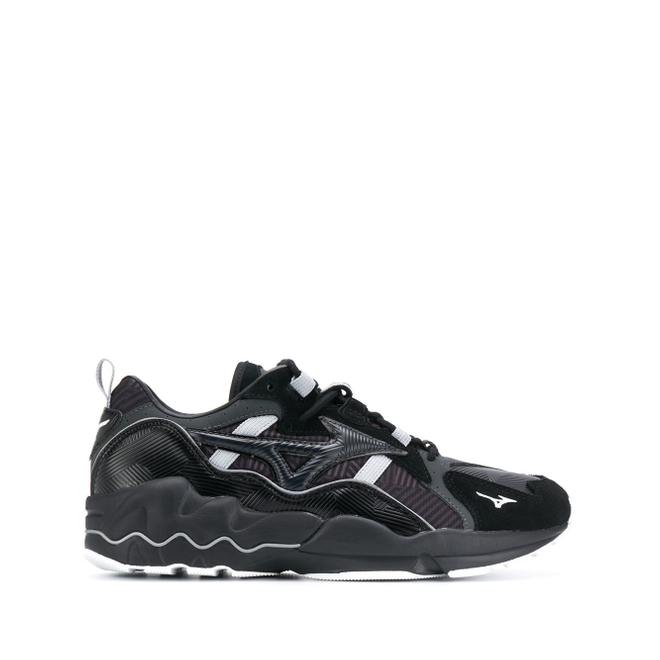 Mizuno Wave Rider panelled