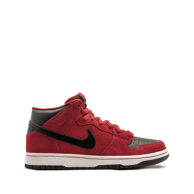 Nike Dunk Mid Pro SB
