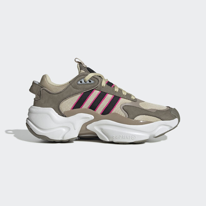 "Adidas Magmur Runner W ""Desert Sand"""