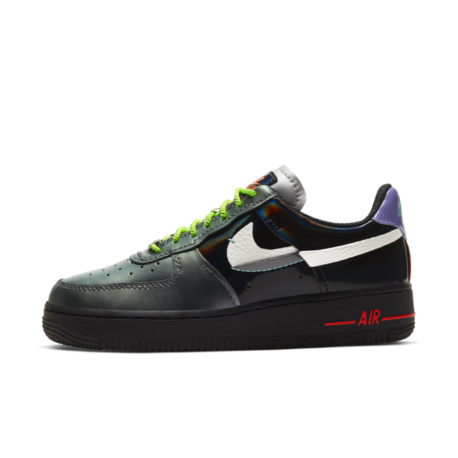 Nike Air Force 1 '07 LX 'Joker' zijaanzicht