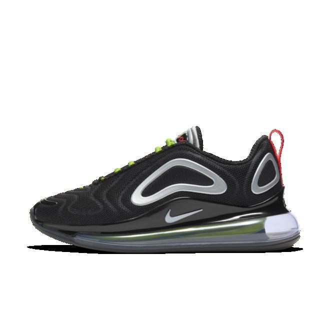Nike Wmns Air Max 720 zijaanzicht