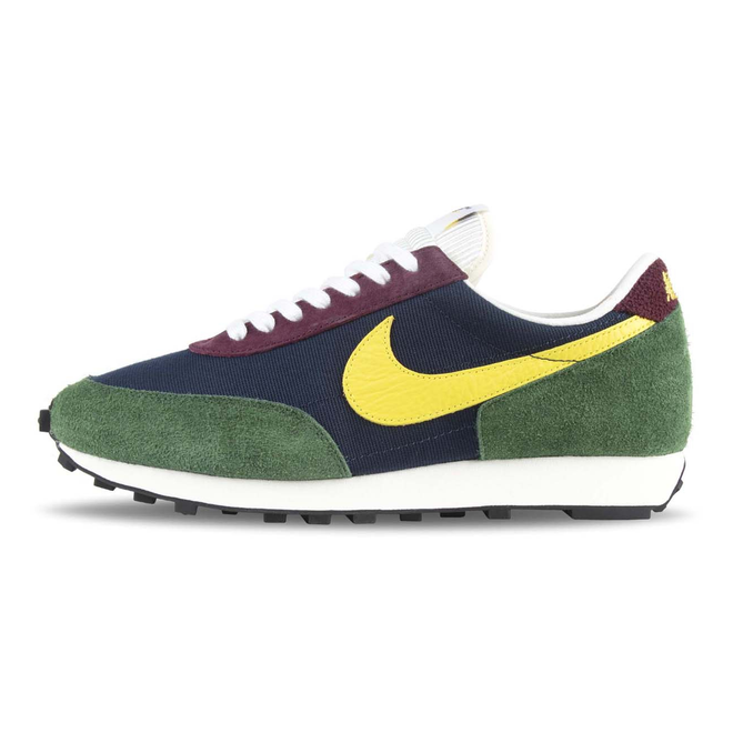 Nike Daybreak Obsidian / Dynamic Yellow / Cosmic Bonsai
