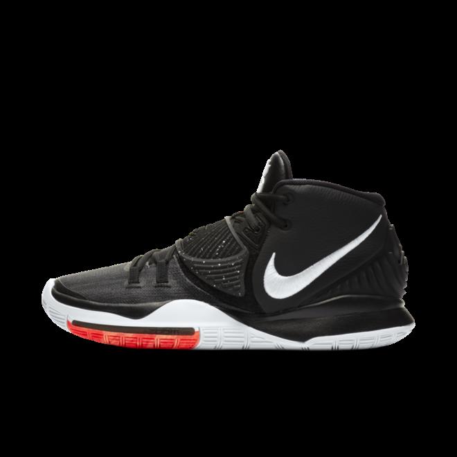 Nike Kyrie 6 'Black' zijaanzicht
