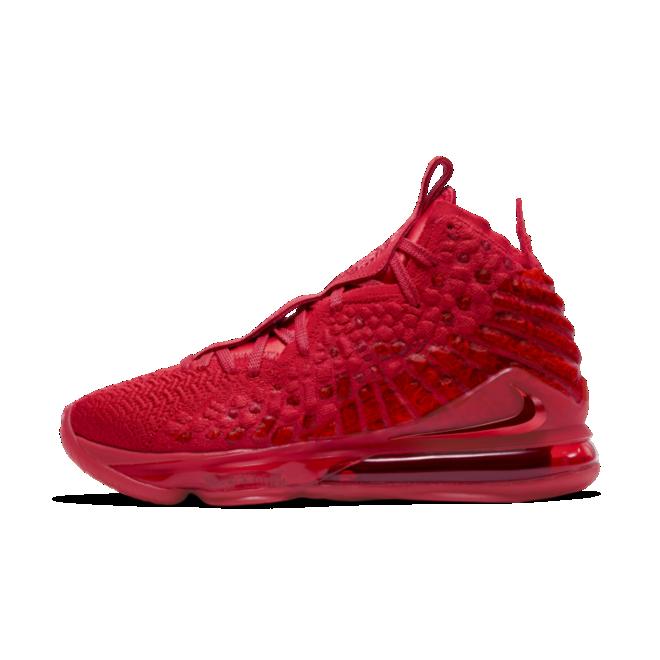 Nike LeBron 17 'Red Carpet' zijaanzicht