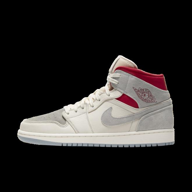 Sneakersnstuff X Air Jordan 1 Mid Premium zijaanzicht