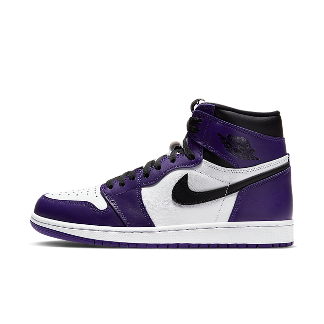 Air Jordan 1 High OG 'Court Purple' zijaanzicht