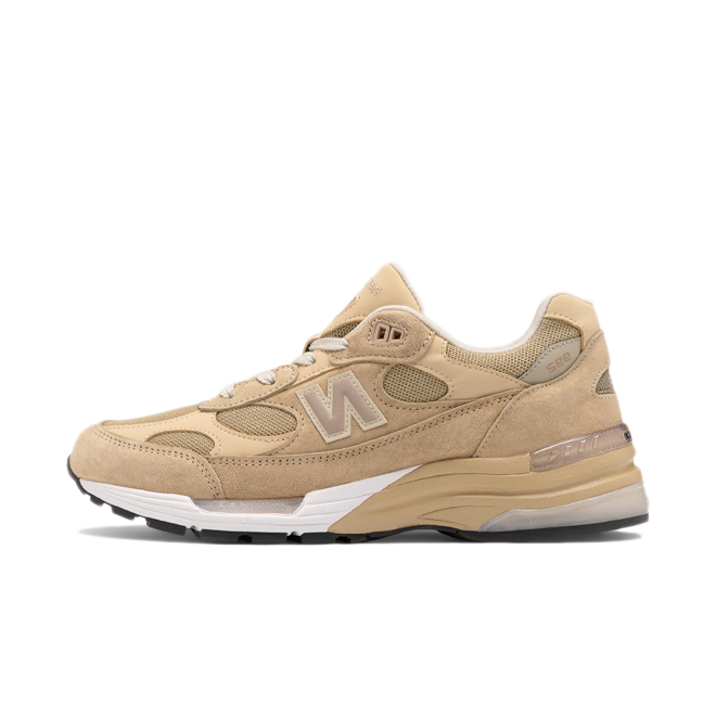 New Balance M992TN 'Tan' zijaanzicht