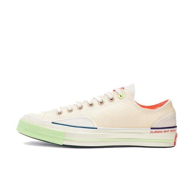 Pigalle X Converse Chuck Taylor OX 'White' zijaanzicht