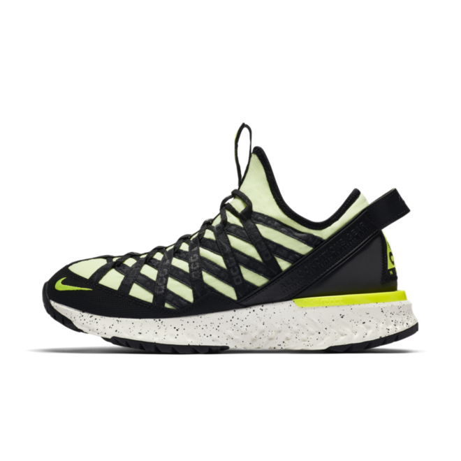 Nike ACG Terra Gobe 'Barely Volt' zijaanzicht