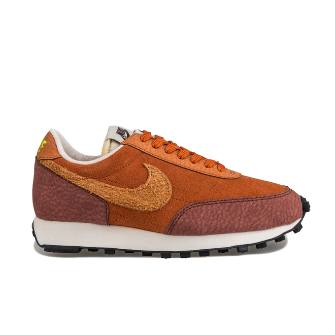 Nike Daybreak Rugged Orange