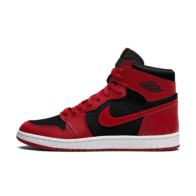Air Jordan 1 High Retro 85 'Varsity Red' zijaanzicht
