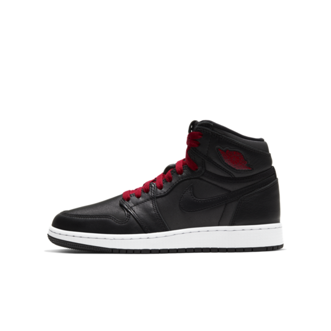 Air Jordan 1 Retro High OG GS 'Black Satin' zijaanzicht