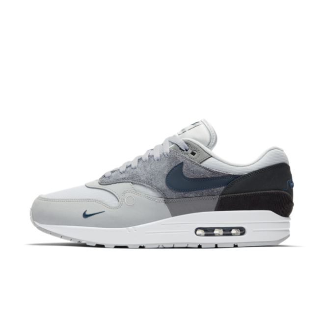 Nike Air Max 1 City Pack 'London' zijaanzicht