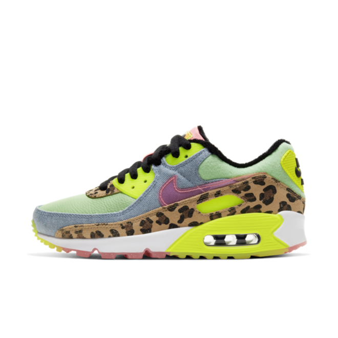 Nike Wmns Air Max 90 LX 'Illusion Green' zijaanzicht