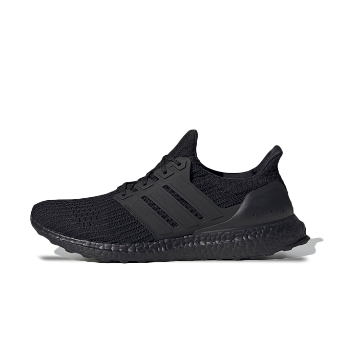 adidas Ultra Boost 4 'Triple Black' zijaanzicht