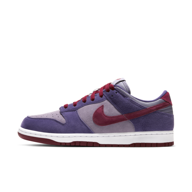 Nike Dunk Low Retro 'Plum' zijaanzicht