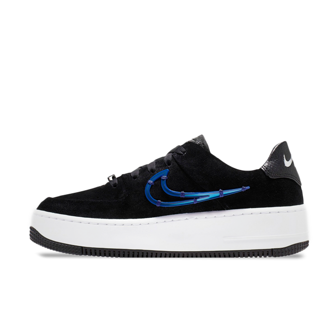 Nike WMNS Air Force 1 Sage Low LX 'Black' zijaanzicht