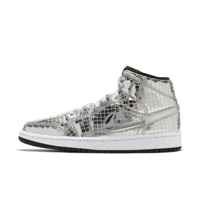 Air Jordan 1 Mid 'Disco Ball' zijaanzicht