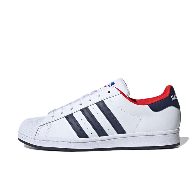 adidas Superstar 'White/Navy' zijaanzicht