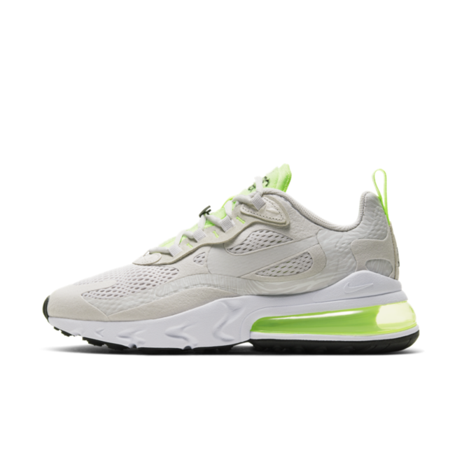 Nike Air Max 270 React 'Ghost Green' zijaanzicht