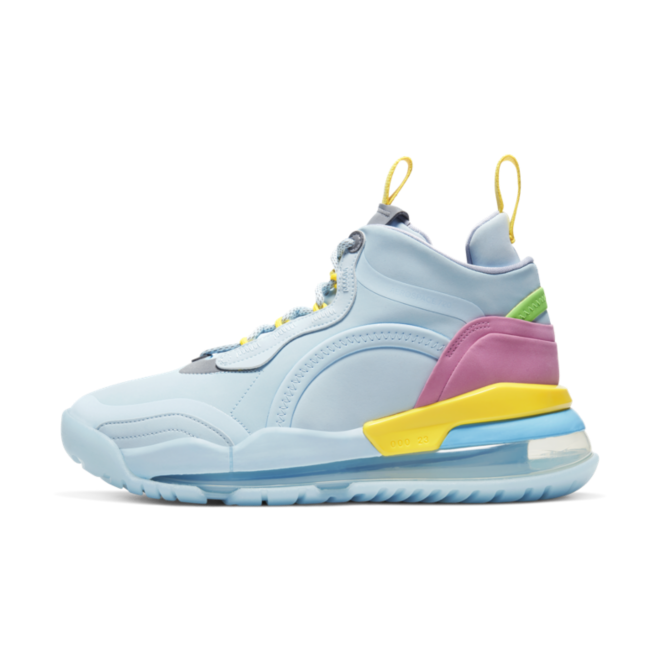 Lyrical Lemonade X Air Jordan Aerospace 720 UC 'Blue' zijaanzicht