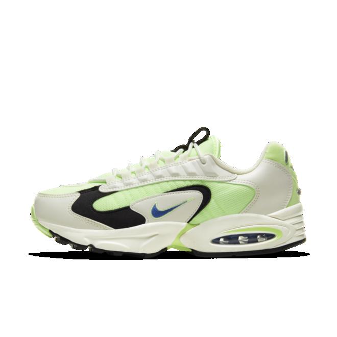 Nike Air Max Triax 'Barely Volt' zijaanzicht