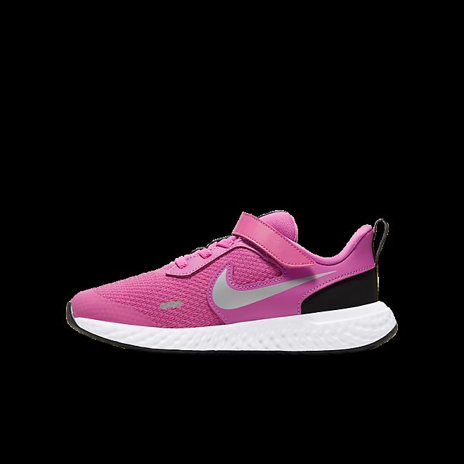 "Nike ""Revolution 5"""