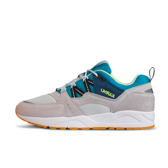 Karhu Fusion 2.0 'Month of the Pearl' zijaanzicht