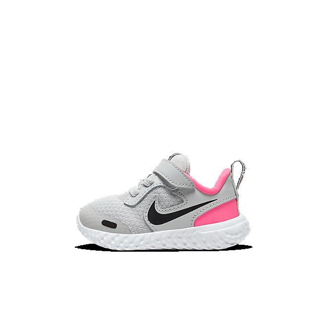 Nike Revolution 5 BQ5673-010